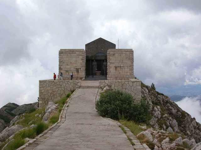 lovcen_mausoleum